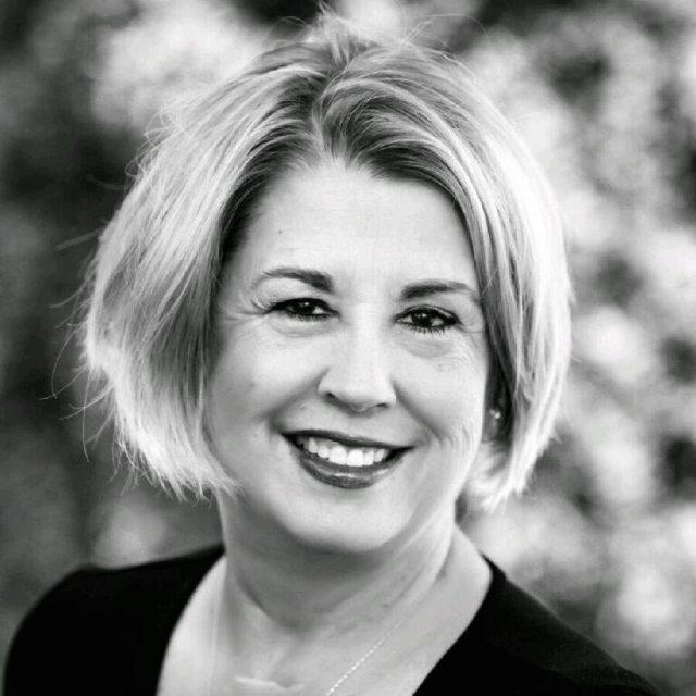 Dr. Bonnie Foster